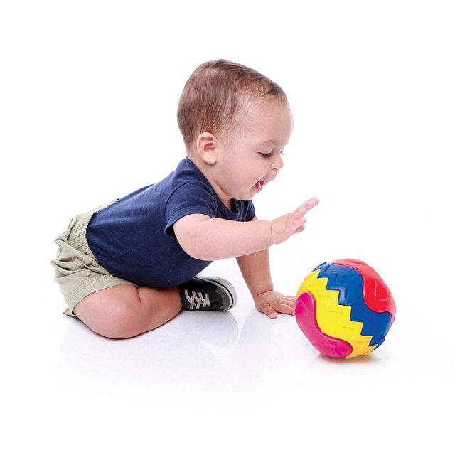 Bola Encaixa Estrela Baby com criança Produto Estrela