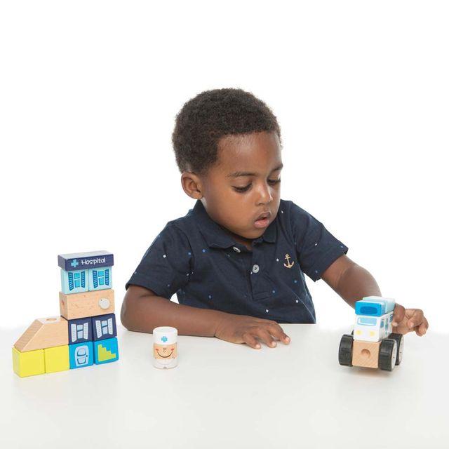 Construindo com Bloquinhos Emergência Estrela Baby com criança Produto Estrela